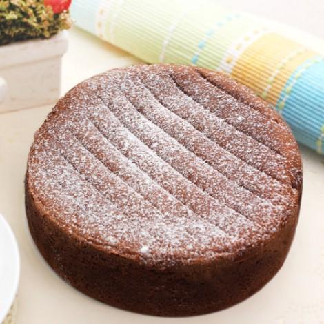 100%純黑巧克力添入少許白巧克力調製成完美比例口感所製成的巧克力蛋糕,手工烘焙選用比利時與瑞士蓮頂級巧克力製作而成的蛋糕,濃郁巧克力甜而不膩適合全家大小的蛋糕